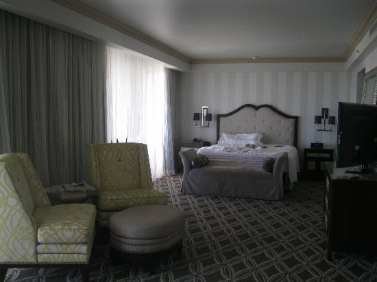 The Phoenician, Scottsdale: Suite bedroom