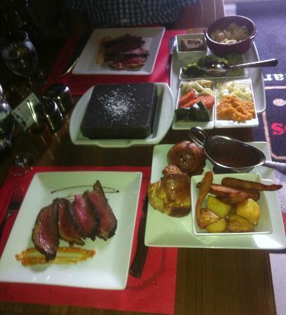 GAUCHOS : Sunday roast beef & vegetables