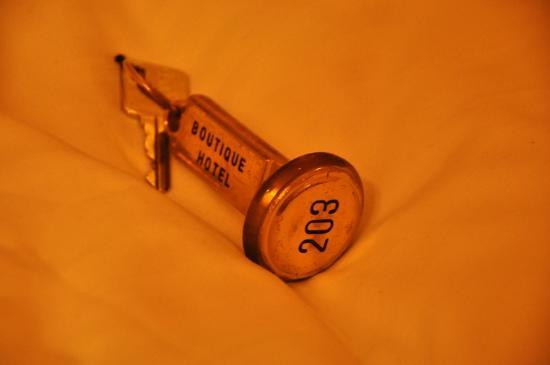Acropolis Museum Boutique Hotel: La llave, hay que dejarla en recepcion cada vez que sales.