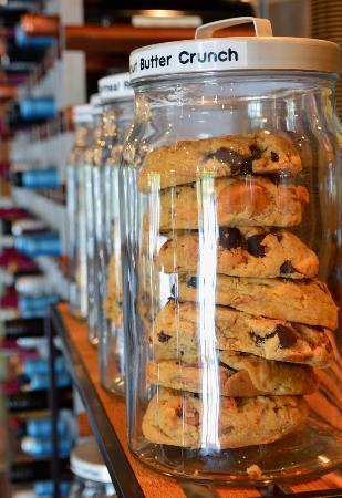 MOSAIC Restaurant Charleston: gourmet cookies