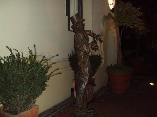 Boss: another bronze statue