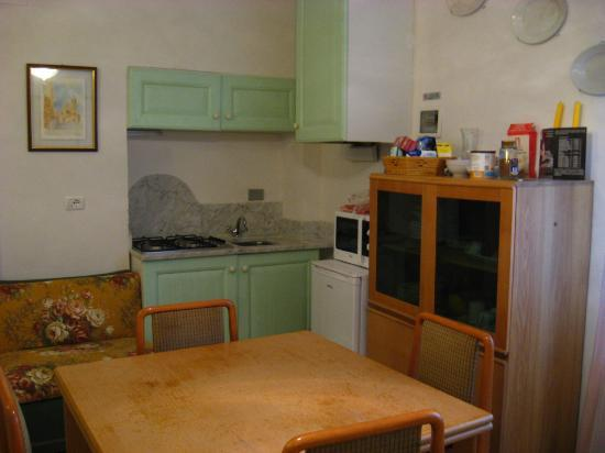 Donna Nobile: one of the kitchen