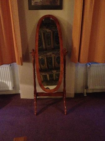 Hotel U Tri Bubnu: specchio con il soffito