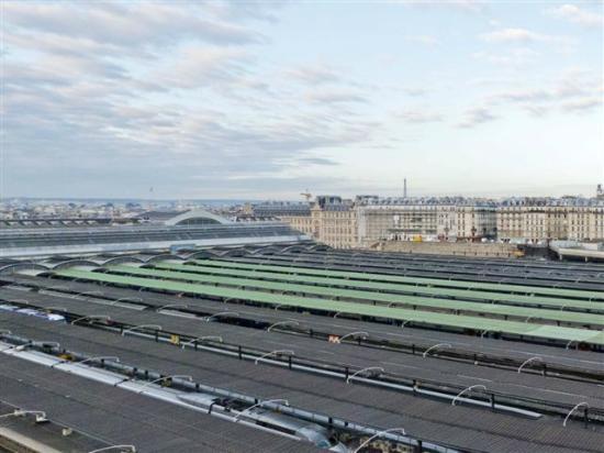 Ibis Styles Paris Gare de l'Est Chateau Landon: Vista de los andenes de la Gare de l'Est