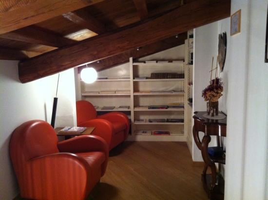 Roccafiore Spa & Resort: angolo lettura