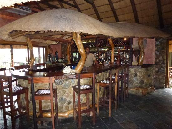 Mkuze Falls Lodge: Bar