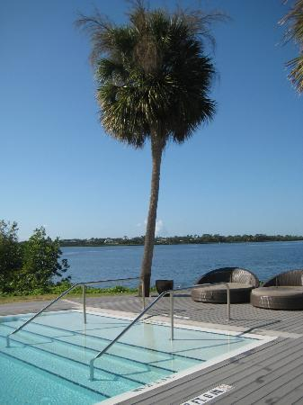 Club Med Sandpiper Bay: nice area by pool