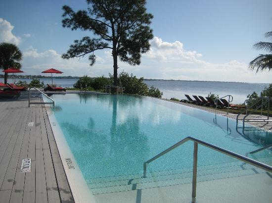Club Med Sandpiper Bay: Calm Pool