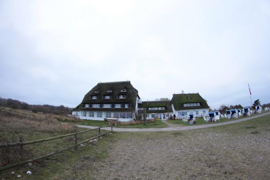 Hohwacht, Duitsland: Blick auf das Hotel vom Strand