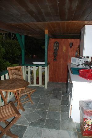 Chalet Kilauea: Africa Room Lanai