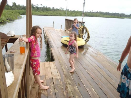 Tranquilo Bay Eco Adventure Lodge: at the Dock