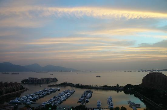Hong Kong Gold Coast Hotel: shot from my home right opposite to the Yacht club