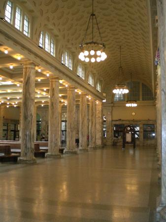 Adirondack Scenic Railroad: Utica train station