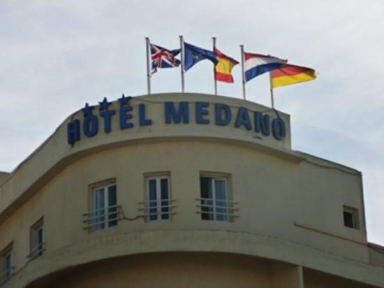 El Medano Hotel: Hotel sign
