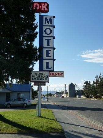 D K Motel Pancarte