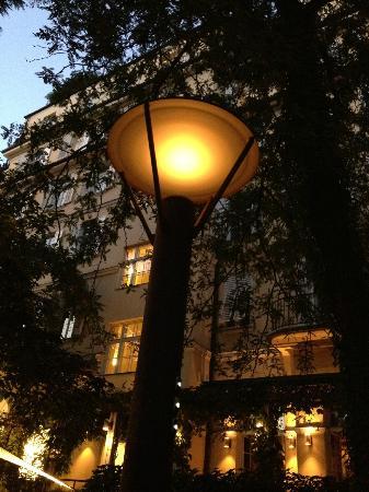 Parkhotel Laurin: Garten