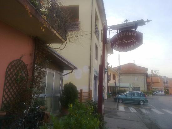 Orentano, Italia: esterno