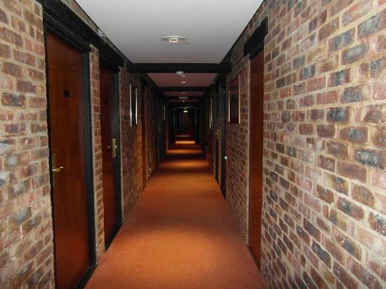 Copthorne Hotel London Gatwick: Corridor