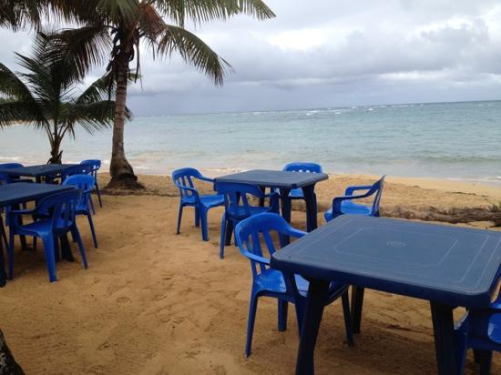 Casa Azul : table beachside for you?