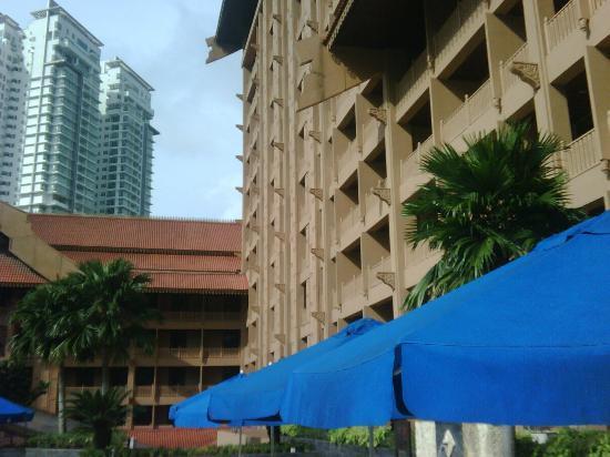 Royale Chulan Kuala Lumpur: Pool 1