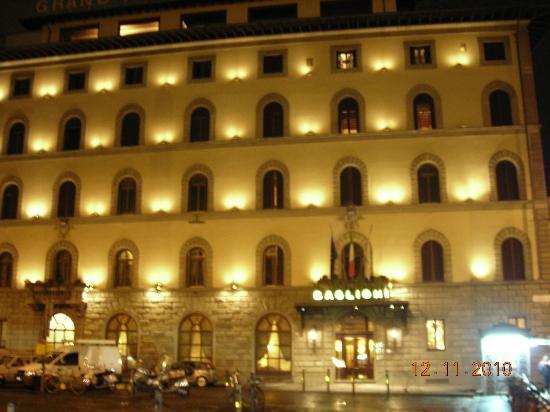 Grand Hotel Baglioni Firenze: Devanture de l'hôtel