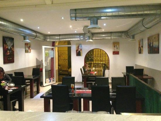 Bon Endroit : salle de restaurant