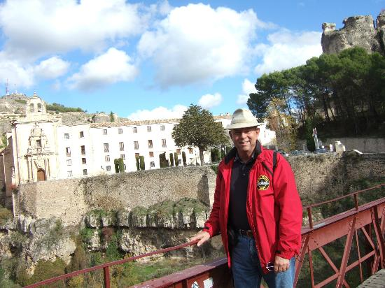 Parador de Cuenca: from 'THE' bridge over to the clinging houses this area is reknown for
