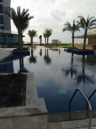 JW Marriott Marquis Hotel Dubai: Pool