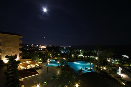 Atlantica Bay Hotel: Twilight view from our room (319)
