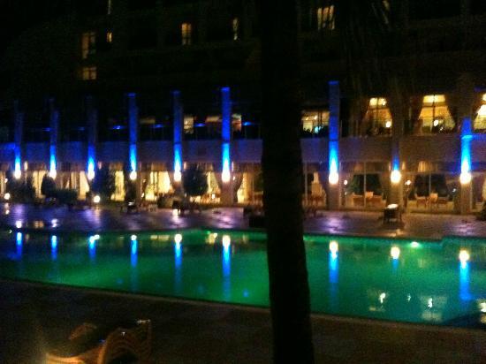 Hotelbeleuchtung am Abend - Bild von Hotel Titan Select, Konakli ...