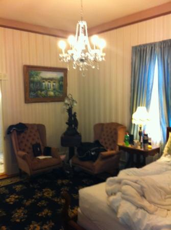 Garden and Sea Inn: Chardonay Room