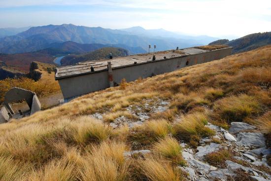Pigna, Italien: Ancienne caserne des alpes ligures
