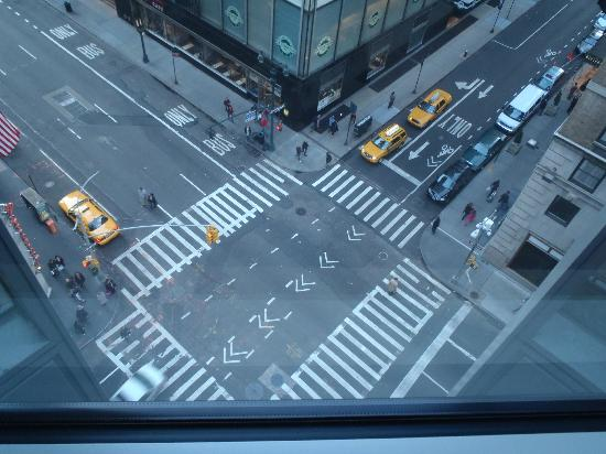 Hotel 48LEX New York: View of Street