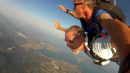 Skydive Central Coast: Descent