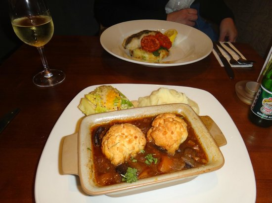 Toby Carvery Kings Langley: Beef cobbler and cod loin