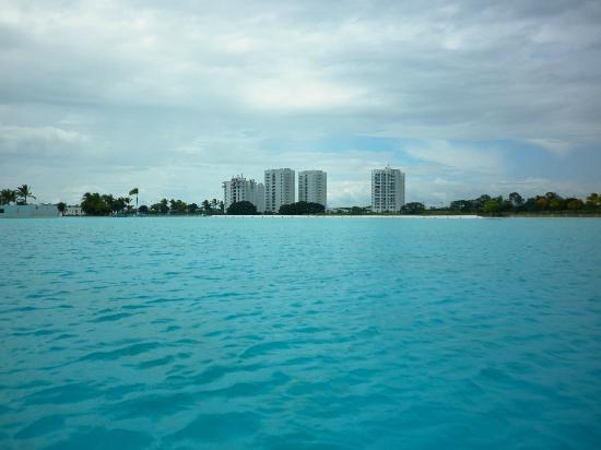 Hotel Playa Blanca Beach Resort: excelente