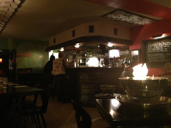 le bar photo de le petit resto du port dinard tripadvisor