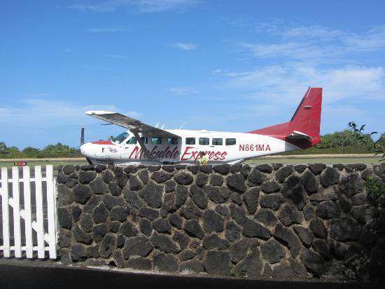 Travaasa Hana, Maui: Plane at Hana Airport
