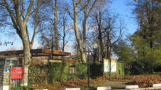 Verahd  Picture of Camping Indigo Paris Bois de Boulogne