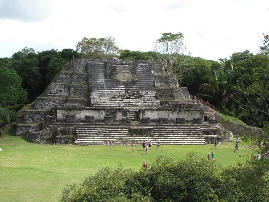Altun Ha Maya Site and Belize Zoo Combo Tour: Altun Ha Ruins Belize