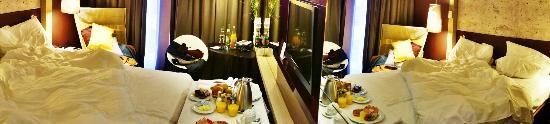 Hotel Indigo Berlin – Centre Alexanderplatz: Frühstück im Bett