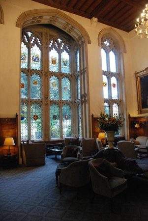 Nutfield Priory Hotel & Spa: window in the main hall