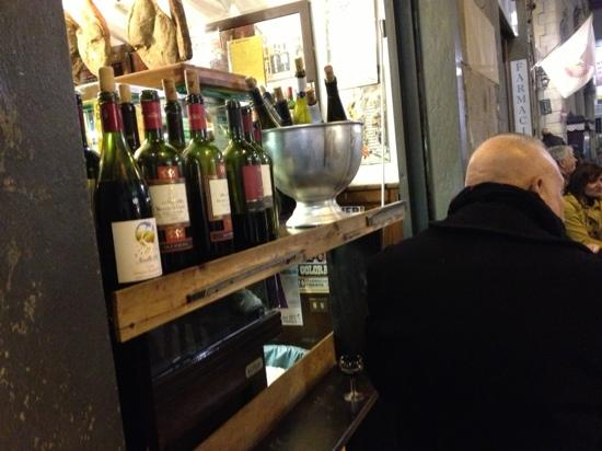 "All' Antico Vinaio: i vini del ""self service"""