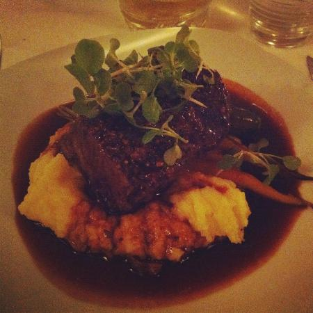 Delhi Street Bistro : Braised Beef with Garlic Mash - Dinner Special