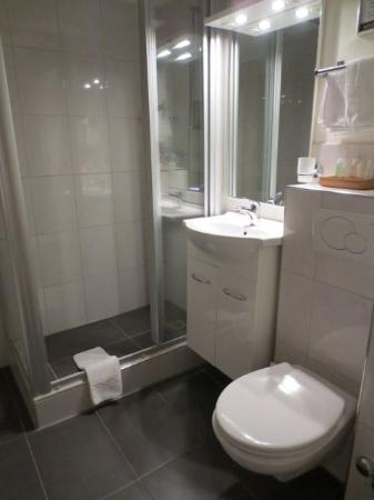 stattHotel: badkamer