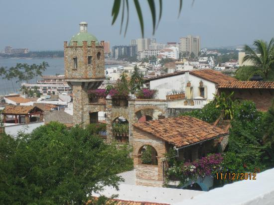 Casa Dulce Vida: View from the roof top patio