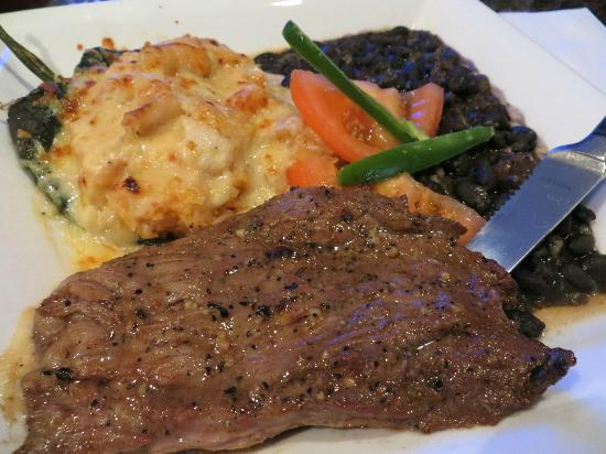 Red Cactus Bar and Grill: Red Cactus marinated skirt steak