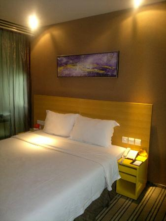 Catic Hotel : Room