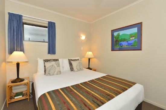 Kerikeri Homestead Motel & Apartments: Two Bedroom Apartment Bedroom