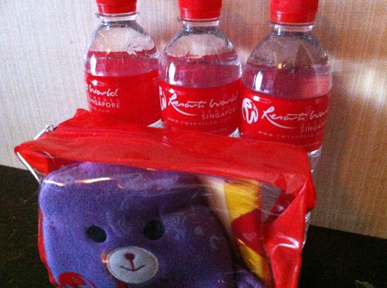 Resorts World Sentosa - Festive Hotel : Welcome pack for children